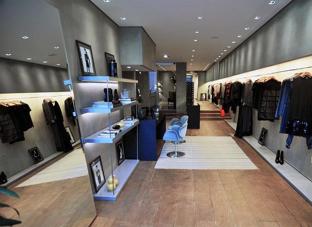 dress-shop-97261_640